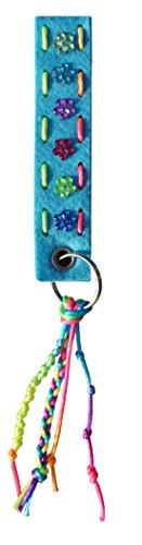 Schaeffer-Marketing / 100 110 - Schlüsselanhänger FILZBASTELSET! Erstes Nähen Lernen per Hand - für Kinder. Der Anhänger hellblau - ist EIN kinderleichtes Bastelset aus Filz.