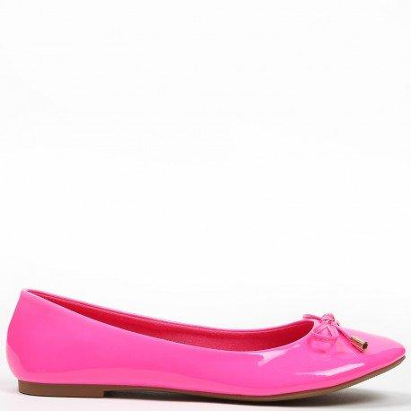 Ideal Shoes - Ballerines vernis et colorées Tahani Fuchsia