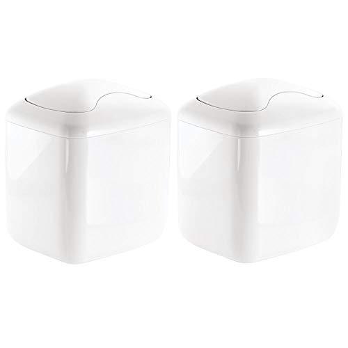 mDesign Set da 2 Mini pattumiera da tavolo plastica robusta Pattumiera bagno compatta per il bagno Pratica pattumiera con coperchio basculante bianco