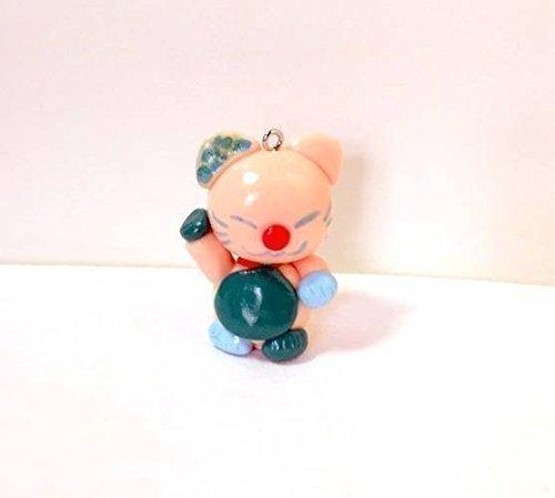 breloque-manekineko-avec-dragonne-chair-fimo-fait-main-bavette-verte-figurine-lucky-cat-fortune-chat