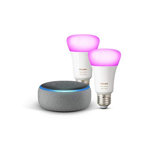 Echo Dot (3. Gen.), Hellgrau Stoff + Philips Hue Color LED-Lampe Doppelpack (E27), kompatibel mit Bluetooth und Zigbee (kein Hub erforderlich)