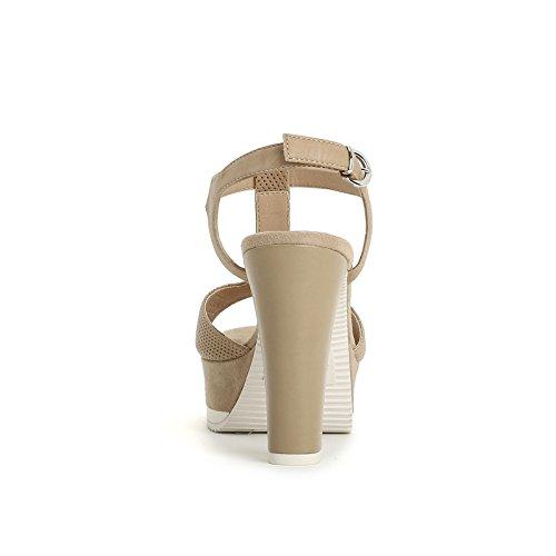 ALESYA by Scarpe&Scarpe - Sandalen mit Absatz, T-Bar und Mikro-Lasergravuren Beige