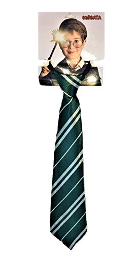 Corbata como la de Harry Potter, ajustable. Medidas: 35,5x8 cms. (Verde)