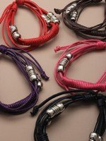 crystal-innovation-ref-2128-multi-strand-pulsera-con-cable-de-colores-con-abalorios-de-colores-en-un