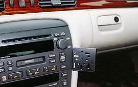 Preisvergleich Produktbild CADILLAC ELDORADO DashMount Baujahr 1998 bis 2003 KFZ Navi Handy Halterung von telebox