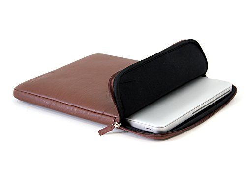 COOL BANANAS ShockProof Pro Hülle passend für Apple MacBook Pro 15 Zoll | Tasche mit hochwertigem Kunstlederbezug | stoßabsorbierender Kern mit Memory-Foam-Effekt | leicht zu reinigen | Farbe Braun