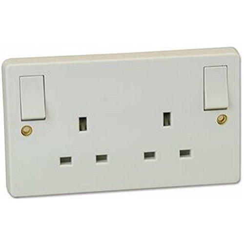2-Gang Switched Socket mit Außenborder RO Elektrische, 2-Gang Switched Socket mit Außenborder RO, Finish: Weiß geformt, Serie: -