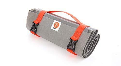 YOGO Ultraleichte Reise Yoga-Matte – mit angebrachtem Tragegurt – Faltbare, leichte, dünne Yoga-Matte – Umweltfreundlicher Naturbaumkautschuk mit extra Griff – Rutschfest, waschbar – Perfekt für unterwegs