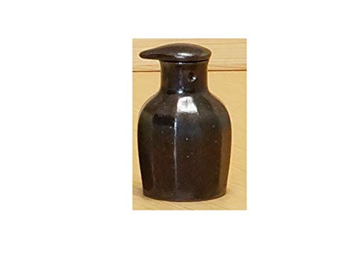 Imari Japanese Arita-yaki Soy Sauce Bottle (Chamfering) Black from Japan 02112032 Imari-sauce