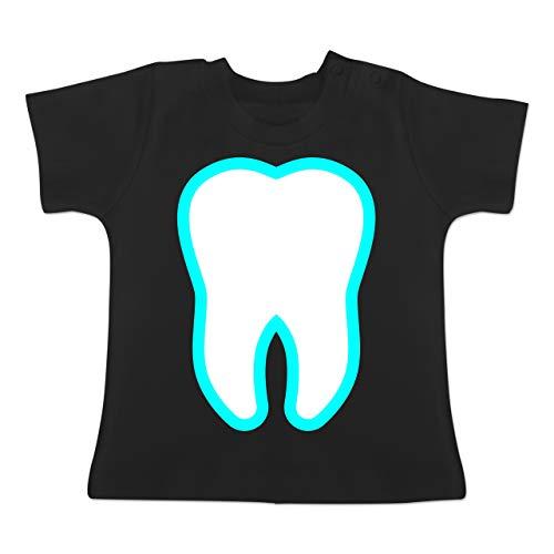 Karneval und Fasching Baby - Farbiger Zahn - Zahnfee Kostüm - 1-3 Monate - Schwarz - BZ02 - Baby T-Shirt Kurzarm