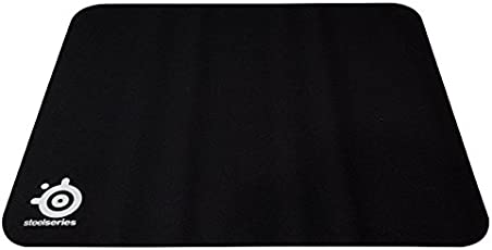 SteelSeries QcK+, Gaming Mouse Pad, 450mm x 400mm, Cloth, Rubber Base, Laser & Optical Mouse Compatible - Black