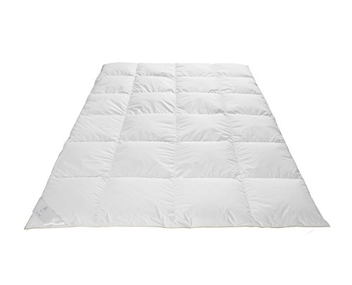 Frau Holle Daunen-Bettdecke für den Winter aus 100% Gänsedaunen, 135 x 200 cm, 735 g - - Gänsedaunen Bettdecke