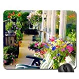 High quality,the design of this kind of mouse pad is simple and able to bear or endure look, and it feels very good, very soft, is also very durable