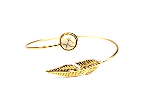 bc1642dbraccialetto-a-cerchio-aperto-con-pietra-rotonda-effetto-marmo-e-piuma-etnica-in-metallo-dora