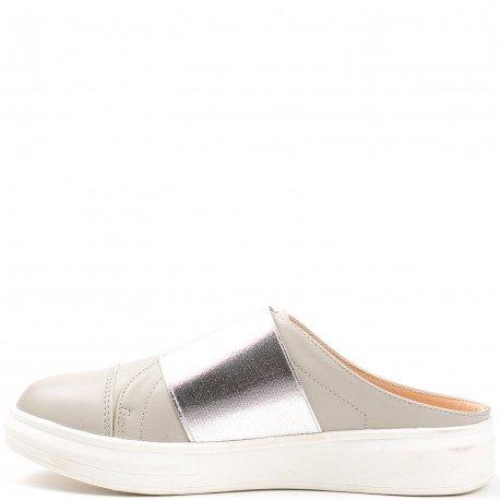 Ideal Shoes - Baskets style mules en similicuir avec bande Leane Gris
