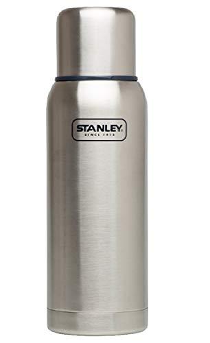 Stanley Adventure Vakuum-Thermosflasche 0.75 Liter, Stainless, 18/8 Edelstahl, integrierter Thermobecher, Doppelwandige Isolierung, Isolierflasche Thermoskanne