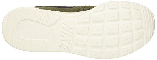 Nike Tanjun Se, Scarpe da Ginnastica Uomo Verde (Cargo Khaki/Black/Sail)