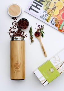 Teeflasche aus Rostfreiem Edelstahl Teebereiter Tee-Ei: 400ml Bambus Thermobecher | Tee & Kaffee Reisbecher | Thermoflasche mit Lose Tee-Löffel | Obst-Infuser Trinkflasche Umweltfreundlicher von VIREO - 3