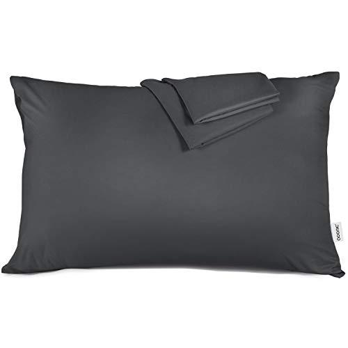 ADORIC Taie d'oreiller 50x70cm [Lot de 2] Taies d'Oreillers 100% Microfibre Doux Confortable 50cmx70cm-Gris Foncé
