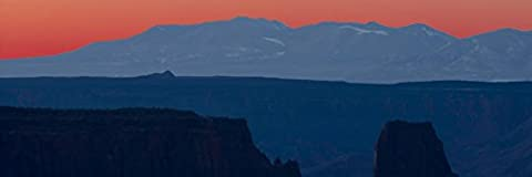 Panoramic Images – Mountain range at sunrise La Sal Mountains Dead Horse Point State Park Utah USA Kunstdruck (30,48 x 91,44 cm)