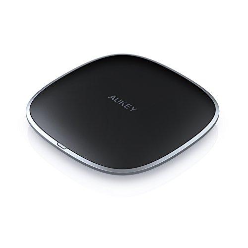 AUKEY graphitfarbenes kabelloses Ladegerät, Lade-Pad für kabelloses Laden für iPhone X/8/8 Plus, Samsung Note8/S8/S8+ und weitere Qi-fähige Geräte