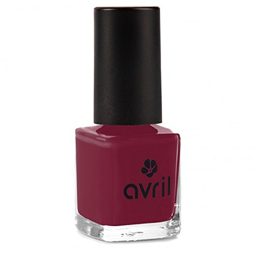 Avril : Un Vernis à ongles Rouge BOURGOGNE N°26
