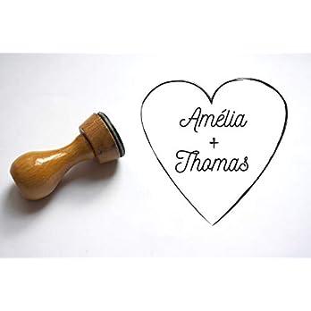 Hochzeitsstempel in Form eines Herzens. Mit Ihren Vornamen personalisieren. Individualisierbar, nach Maß.