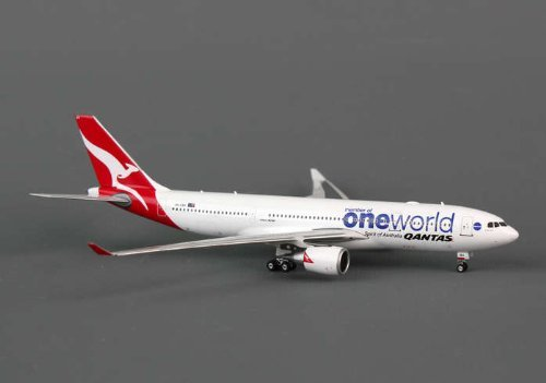 phoenix-qantas-a330-200-1-400-one-world-regvh-ebv-by-phoenix-diecast