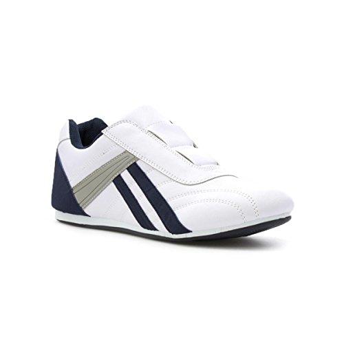 XL Mens White Slip On Trainer - Size 9 UK - White