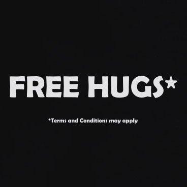 TEXLAB - Free Hugs (Schriftzug) - Herren T-Shirt Weiß