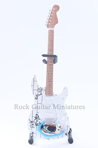 RGM21 DAVE GILMOUR PINK FLOYD GUITARRA EN MIÑATURA