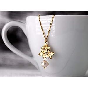 Zierliche Perlen-Kette, Hochzeit, Brautschmuck, Geschenk, Perlen-Schmuck:, vergoldete 925er Sterling-Silber-Kette, Blüten-Anhänger mit Süßwasser-Perle
