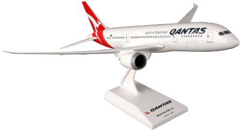 skymarks-skr429-qantas-boeing-787-9-1200-snap-fit-model