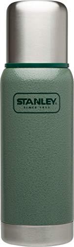 Stanley Adventure Vakuum-Thermosflasche 0.5 Liter, Hammertone Green, 18/8 Edelstahl, integrierter Thermobecher, Doppelwandige Isolierung, Isolierflasche Thermoskanne -