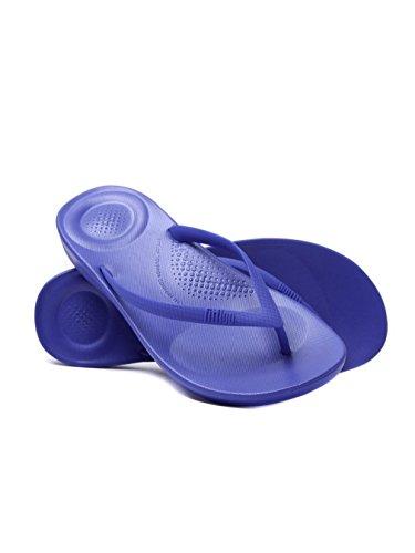 FitFlop iQushion Ergonomic Flip-Flops, Sandales Bout Ouvert Femme, Doré Bleu