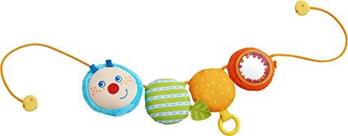 Haba 303193 - Kinderwagenkette Raupe Mina | Wagenkette aus Stoff mit Rassel, Greifring, Spiegelfolie und lustigem Raupenkopf | Baby-Spielzeug für den Kinderwagen