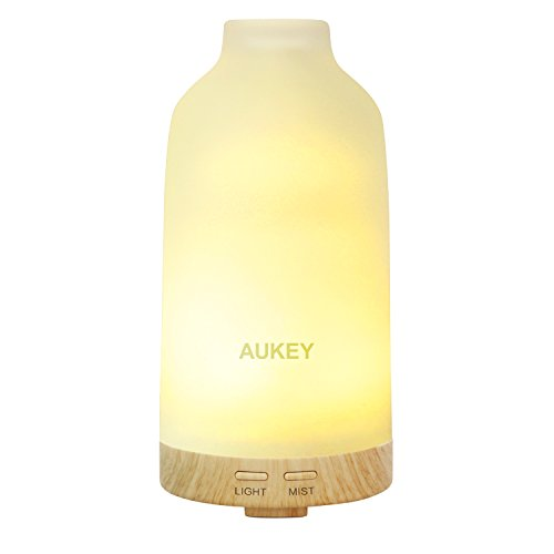 AUKEY 100ML Glass Aroma Diffuser Essential Oil Diffuser 7 LED Colors with Automatic Shutoff for Beauty Salon / SPA / Yoga / Bedroom / Conference Room