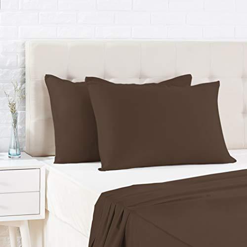 AmazonBasics - Funda de almohada de satén - 40 x 80 cm x 2, Marrón