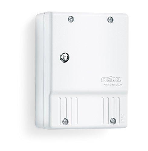 Steinel NightMatic 2000 blanco - Interruptor crepuscular para el exterior, luz de control crepuscular por la noche, eficiente de la energía, para el montaje en la pared, 550417