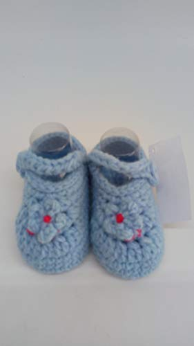 Zapato patuco azul hecho a mano a ganchillo
