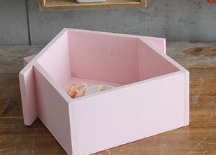 Regal kreative kleines Haus Multifunktion Sukkulenten gewidmet Rahmen Dekorative Pendelleuchte aus Holz 19*24*9cm Pink