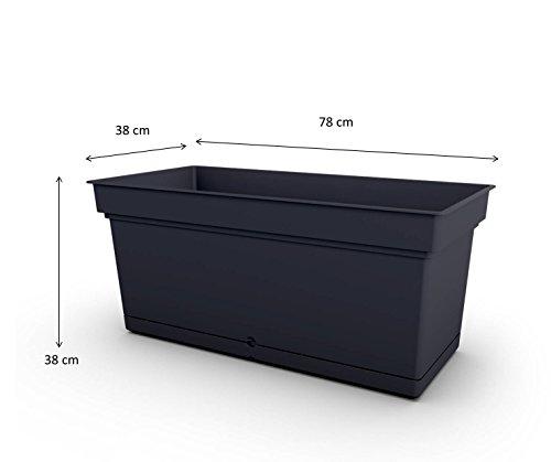 XXL Pflanzkasten in rechteckigem Format, zeitlos schlichtem Design und 66 Liter Nutzvolumen. Mit abnehmbaren Wasserspeicher in Anthrazit. Maße 78 x 38 x 38 cm