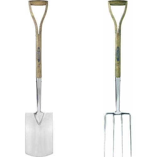Spear & Jackson Traditional Digging Spade & 4550DF Traditional Stainless Steel Digging Fork Bundle