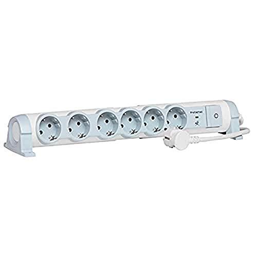 Oferta de Legrand, 694656 Bases Múltiples Confort y Seguridad - Regleta con 6 enchufes, protección contra sobretensiones, 6 tomas corrientes con interruptor, cable de 1,5 mts, color blanco y gris, 6 tomas + interruptor