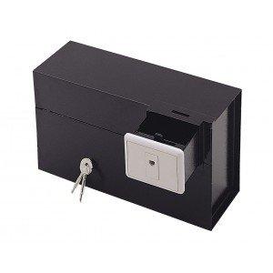 Caja fuerte que basa su seguridad en que pasa desapercibida una vez instalada en cualquier pared de casa que tenga como mínimo un espesor de 15 cm. Construida en chapa de alta resistencia a la percusión. Muy útil y aconsejable para guardar objetos de...