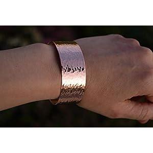 Kupfer Armreif, Armband gehaemmert, Trauzeugin, Hochzeit, Heilstein Armband