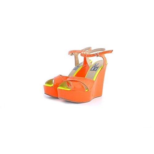 Sandali Love Moschino in vernice arancione fluo, 38