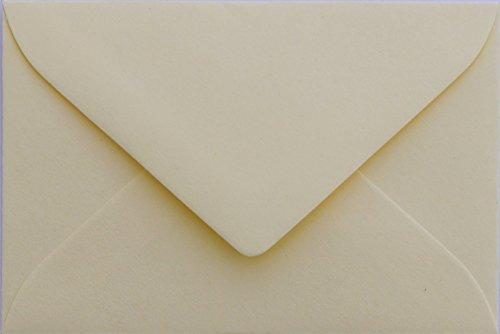 Briefumschläge24Plus 100 Briefumschläge Mini geeignet für Visitenkarten Zart Creme 6 x 9 cm Verschluss-Technik: feuchtklebend, Grammatur 120 g/m² (Visitenkarten-umschlag)
