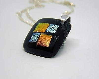 Pendentif Alice en verre fusionné orange, argent, et noir