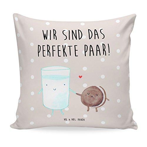 Mr. & Mrs. Panda 40x40 Kissen Milch & Keks - 100% handmade in Norddeutschland - Milk, Cookie, Milch, Keks, Kekse, Kaffee, Einladung Frühstück, Motiv süß, romantisch, perfektes Paar, Kissen, Kissenhülle, Kopfkissen, Geschenk, Schenken, Couch, Sofakissen, weich, flauschig, 40x40, 40 x 40 Milk, Cookie, Milch, Keks, Kekse, Kaffee, Einladung Frühstück, Motiv süß, romantisch, perfektes Paar, (Frühstück Kissen)